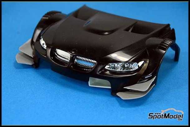 Revell kit front spoiler winglets detail image